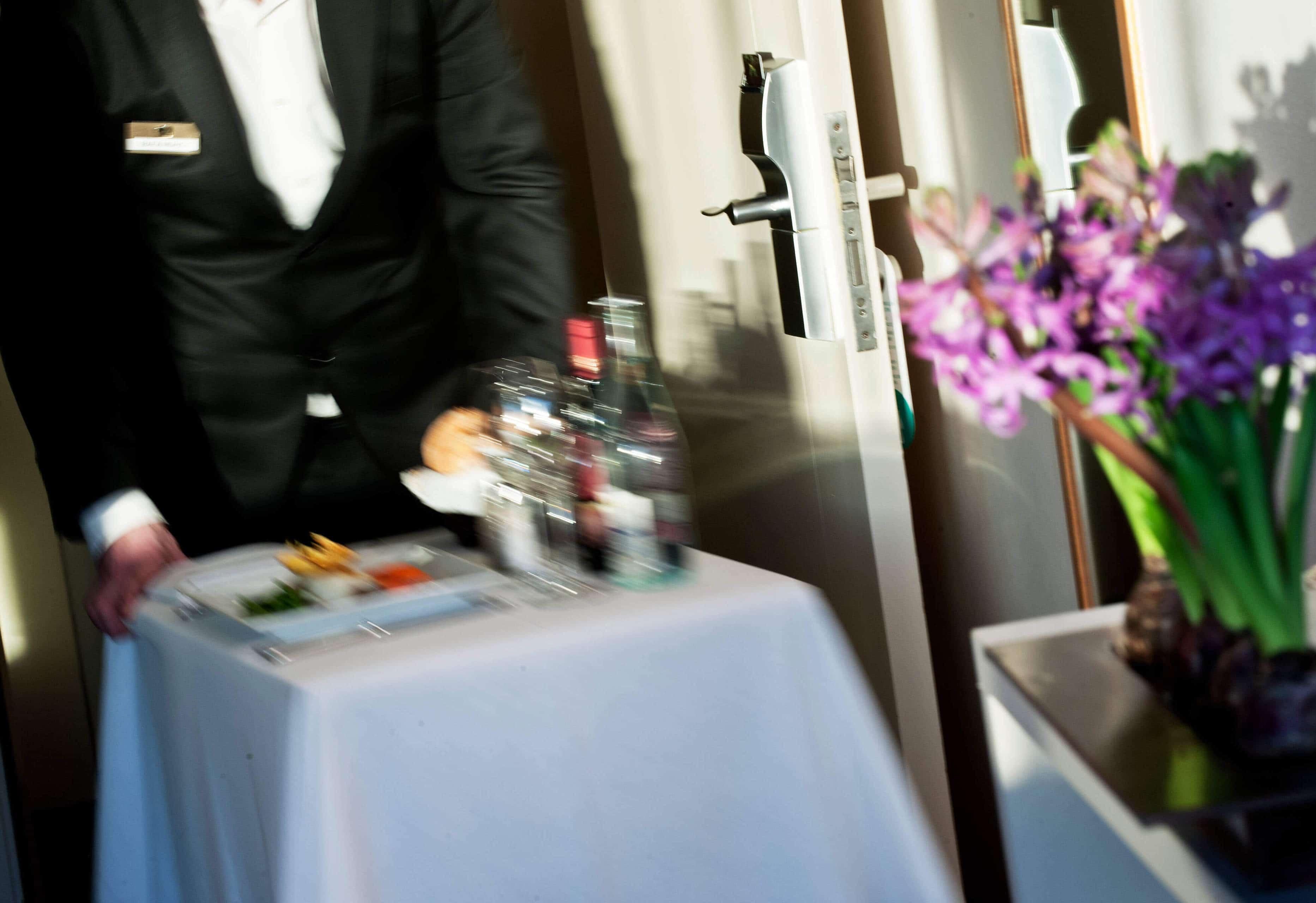 ALFA Hotel Aeropuerto Barcelona Room Service